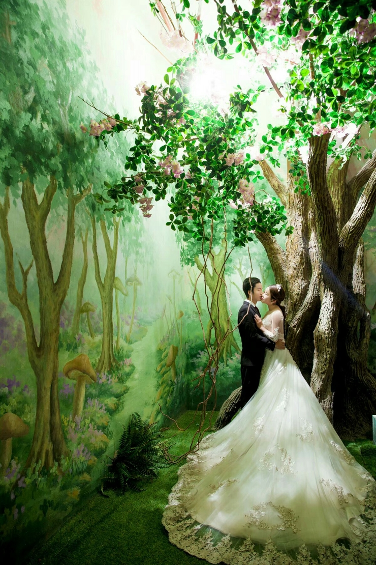 我要结婚了,四月三十号,有一起的嘛😊
