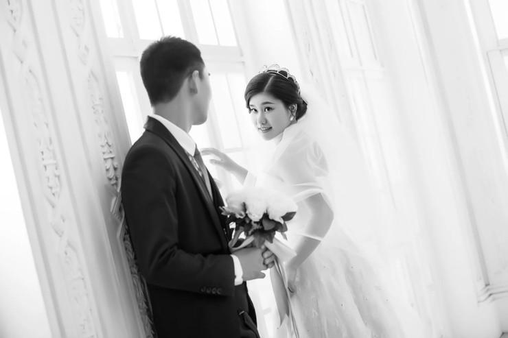 10月2号结婚,有同一天的吗?