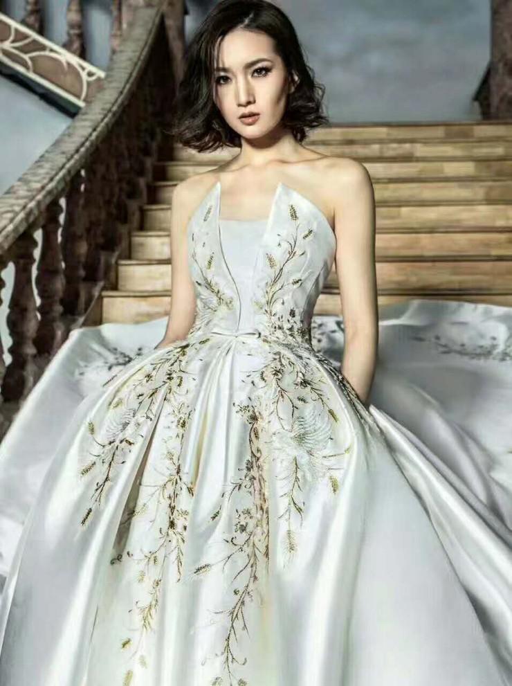 每个姑娘都希望自己的婚礼成为独一无二的王妃