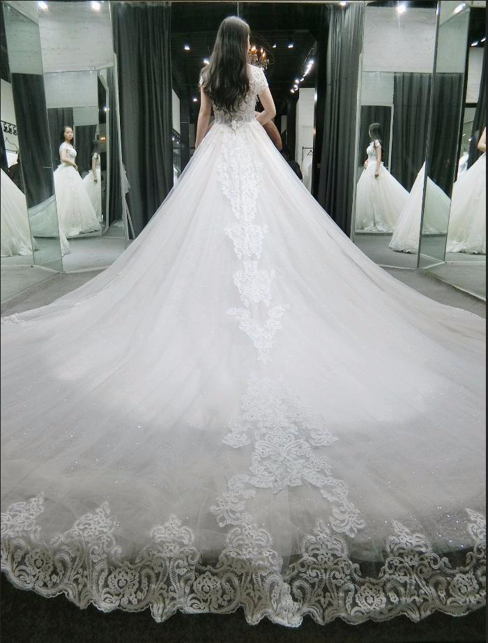 昆明婚礼必读攻略_昆明美雅婚纱体验馆教你如何挑选